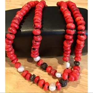 Stunning Vintage Natural Red Coral Beaded Necklace